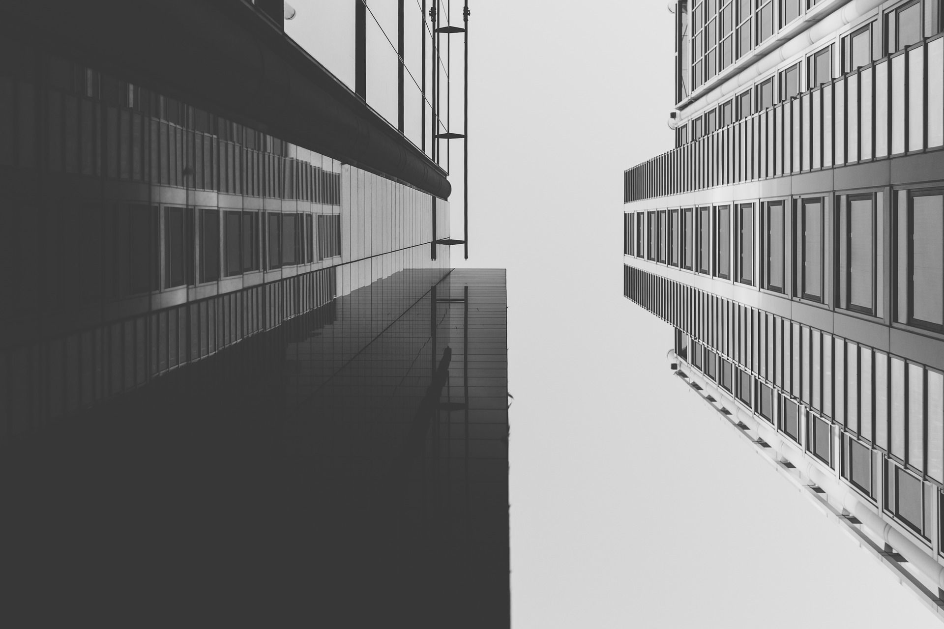 """iB נכסים - תיווך נדל""""ן מקצועי מהיר ואמין"""