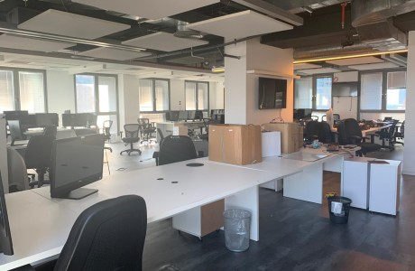 להשכרה משרדים יוקרתיים (פנטהאוז) בבנין בוטיק במתחם הבורסה